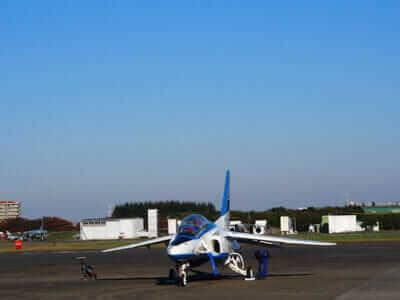 ブルーインパルスの機体